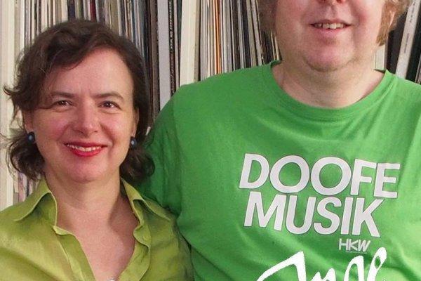 Mo und Udo als HEINZ&INGE, das bedeutet Go Crazy mit DJ Mo, Go Country mit DJ Martin Dieselhorst.
