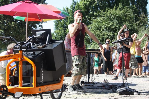 The mobile PA can be customized to suit particular audio needs, as seen here in Berlin's Mauerpark in 2013. Photo: Courtesy of the artist.